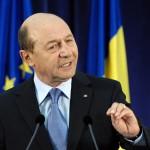 """Avertismentul lui Basescu pentru Iohannis: """"Va trimite inapoi in bratele turnatorului Felix"""""""