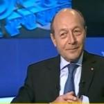 """Reactii aprinse dupa emisiunea cu Basescu: """"Te doare mintea, mai lipsea Cristoiu""""/""""O rusine, sa-si dea foc legitimatiilor"""""""