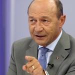 "Basescu, in gura lupului: ""Ati distrus tara""/""Vai de mama dvs., aveati audienta zero fara mine"""