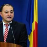 "Palada se crede victima unui COMPLOT: ""Dati fuga la stapanii vostri, Iohannis si Basescu"""