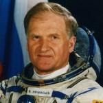 """Dosare STRICT SECRETE din URSS. Cosmonaut urmarit de un """"obiect ciudat"""" in SPATIU – Vezi cum arata"""