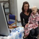 O fetita de 7 ani a invins CANCERUL de doua ori. Lupta extraordinara a acestui copil