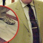 Cu cine ne mandrim. Cum arata pantofii NOULUI consul general al Romaniei in Germania