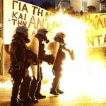 Parlamentul Greciei a aprobat masurile economice convenite cu creditorii. Proteste VIOLENTE
