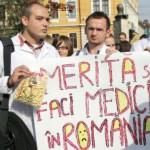 """""""Nu vrem PLICUL"""". Jigniti de propunerile lui Ponta, medicii ies in STRADA"""