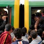 migrants-keleti-train-station-budapest