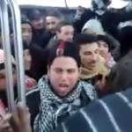De ce ingrijoreaza invazia IMIGRANTILOR? Priviti ce fac in acest autobuz din Paris – VIDEO