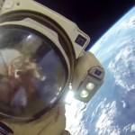 Cosmonauti rusi au iesit in SPATIU cu o camera GoPro pe casca. Este uluitor ce au filmat