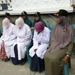 Aceste femei asteapta sa fie BICIUITE de islamisti in fata multimii. Cu ce au gresit – FOTO terifiante