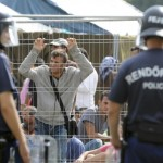 Ultimatumul lui Orban: Refugiatii care intra ilegal in Ungaria dupa 15 septembrie vor fi arestati