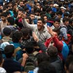 """Acuzatie SOC de la varful UE: """"Valul de refugiati este un RAZBOI hibrid impotriva Europei"""""""