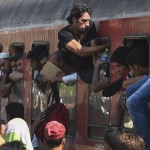 migrants-crossing-macedonia-on-their-way-to-western-european-countries-2