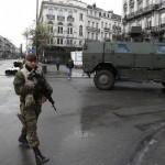 BOMBA cu ceas. Zece TERORISTI puternic inarmati, dotati cu EXPLOXIBILI, se ascund in Belgia