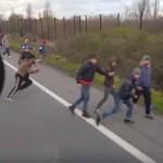 Satul de ATACURILE imigrantilor, un sofer ungur a intrat cu TIR-ul peste ei – VIDEO