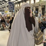 """""""In Iran am purtat o esarfa pe cap. Ma astept ca femeile sa nu isi ACOPERE fata aici"""". Germania vrea sa interzica BURQA"""