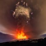Etna a ERUPT din nou, lava a ajuns la SUTE de metri inaltime. Imagini uluitoare din Sicilia – VIDEO
