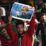 """Merkel, DISPERATA: """"Refugiatii trebuie sa se INTOARCA in tarile lor dupa incheierea razboiului"""""""