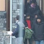 A venit si randul nostru. 60 de REFUGIATI, toti barbati tineri si singuri, au patruns in Romania