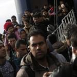 Turcia trimite in Europa doar refugiati slab educati si grav BOLNAVI. Pe cei inalt calificati ii pastreaza