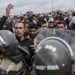 Turcii s-au saturat. Refugiatii sunt trimisi INAPOI in Siria