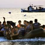 Refugiatii continua sa ajunga in numar MARE in Grecia. Turcia pune presiune asupra UE