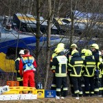 Tragedie in Germania, 2 trenuri s-au CIOCNIT. Morti si peste 150 de raniti – VIDEO