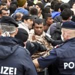"""Austria: """"Gata, nu mai primim refugiati"""". Mesaj catre Germania: """"Toate rutele trebuie INCHISE"""""""