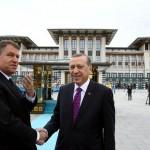 Basescu spune ca turcii l-au PACALIT pe Iohannis cu MOSCHEEA