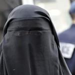 """In Franta exista un """"Robin Hood"""" al femeilor musulmane. Gesturile surprinzatoare care ne pun pe ganduri"""