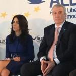 Tariceanu nu a lasat-o cu totul balta pe Laura Chiriac. ALDE i-a gasit fostei prezentatoare TV o slujba buna la stat