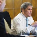Pentru ca apara banii romanilor de PSD, Ciolos se alege cu plangere PENALA din partea Parlamentului