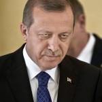 "Acuzatii grave: ""Erdogan si-a INSCENAT lovitura de stat"". Liderul turc ar urmari astfel sa-si elimine adversarii si sa reduca libertatile"