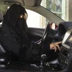 """De ce nu au voie femeile sa conduca masina in Arabia Saudita: """"Sunt expuse DIAVOLULUI"""""""