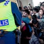 """Suedia, semnal teribil de alarma. Din cauza migrantilor, urmeaza o """"vara a HAOSULUI"""""""