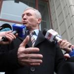 Procurorul general ii lasa in ofsaid pe parlamentarii din comisia de ancheta. Lazar vrea sa mearga si el la CCR