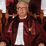 "Moise Guran cere sa fie dat in judecata: ""Judecatorii CCR sunt niste TICALOSI"""