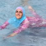 "Burqini a fost INTERZISA intr-o piscina din Germania. PROTEST: ""Lovitura data umanitatii"""