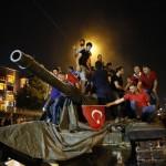 """Guvernul lui Erdogan anunta ca i-a infrant pe militarii REBELI: """"Detinem controlul in proportie de 90%"""""""