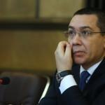 """Asaltat de sute de mesaje dure, Ponta se smiorcaie: """"O sa guvernam tara doar cu 'Puie Monta'?"""""""