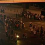 Noi IMAGINI cutremuratoare cu baia de SANGE de la Istanbul. Tancurile trag in multime – VIDEO
