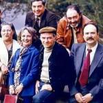 """Klaus Iohannis a fost dur criticat de catre politruci. Iata inca un grup de """"MARLANI"""" care sta pe """"Masa Tacerii"""""""