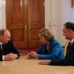 """Rusofilul Igor Dodon, alaturi de aliatii lui Dragnea de la Bucuresti, pe culmile fericirii dupa succesul lui Orban din Ungaria: """"Avem relatii bune personale cu domnul premier"""""""