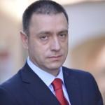 Nici Mihai Fifor nu este bun de premier. Paranoicii din PSD i-au gasit si acestuia o bila neagra, ce apare in CV-ul ministrului