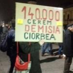 """""""Dragnea, nu uita, va veni si vremea ta!"""". Protestul tinerilor din Cluj ia amploare – VIDEO"""