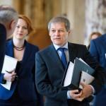 """Echipa lui Ciolos desfiinteaza o noua intoxicare a propagandei PSD: """"Aflati ca Dacian Ciolos nu isi negociaza posturi nici la Bruxelles si nici in alta parte"""""""