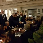 """Ponta confirma: """"Dragnea a dat bani sa isi faca poze cu Trump la restaurant"""". Insa acum seful PSD nu mai poate intra in SUA"""
