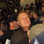 Presedintele, in strada printre zeci de mii de oameni. Se anunta un miting de amploare in Piata Victoriei