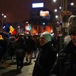 """Vorbele acestui pensionar, participant la proteste, au impresionat zeci de mii de romani: """"Domnisoara, stiti de ce zambeam?"""""""