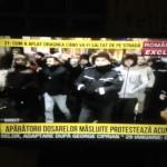 """La Romania TV se anunta ca in Bucuresti este """"anarhie"""": """"Aparatorii dosarelor masluite protesteaza"""""""