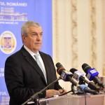 """Tariceanu, despre referendum: """"Presedintele ignora votul din 11 decembrie. Actioneaza ca un dictator, discuta direct cu poporul"""""""